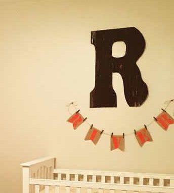 """Initial """"R"""""""