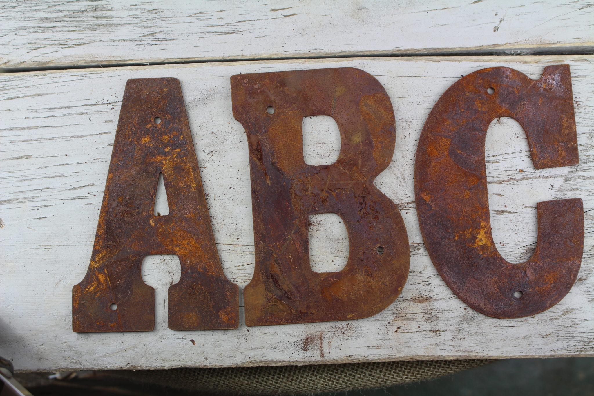Rusty flat letters