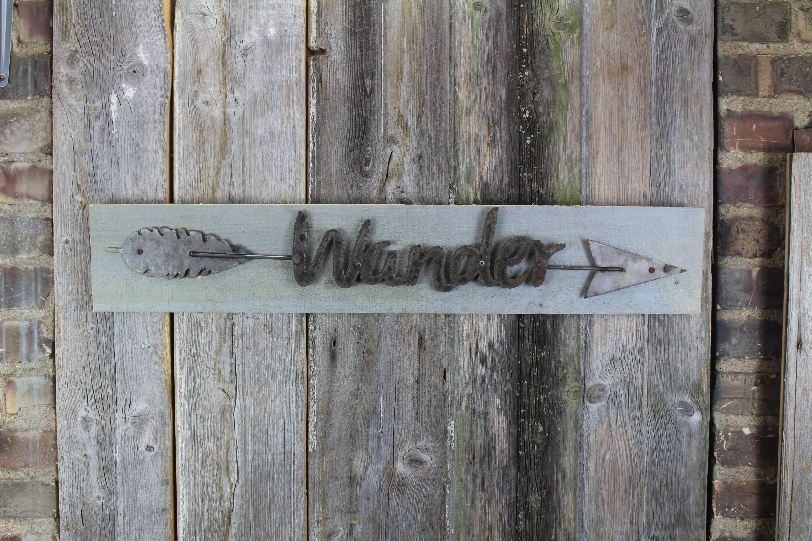 wander arrow shape