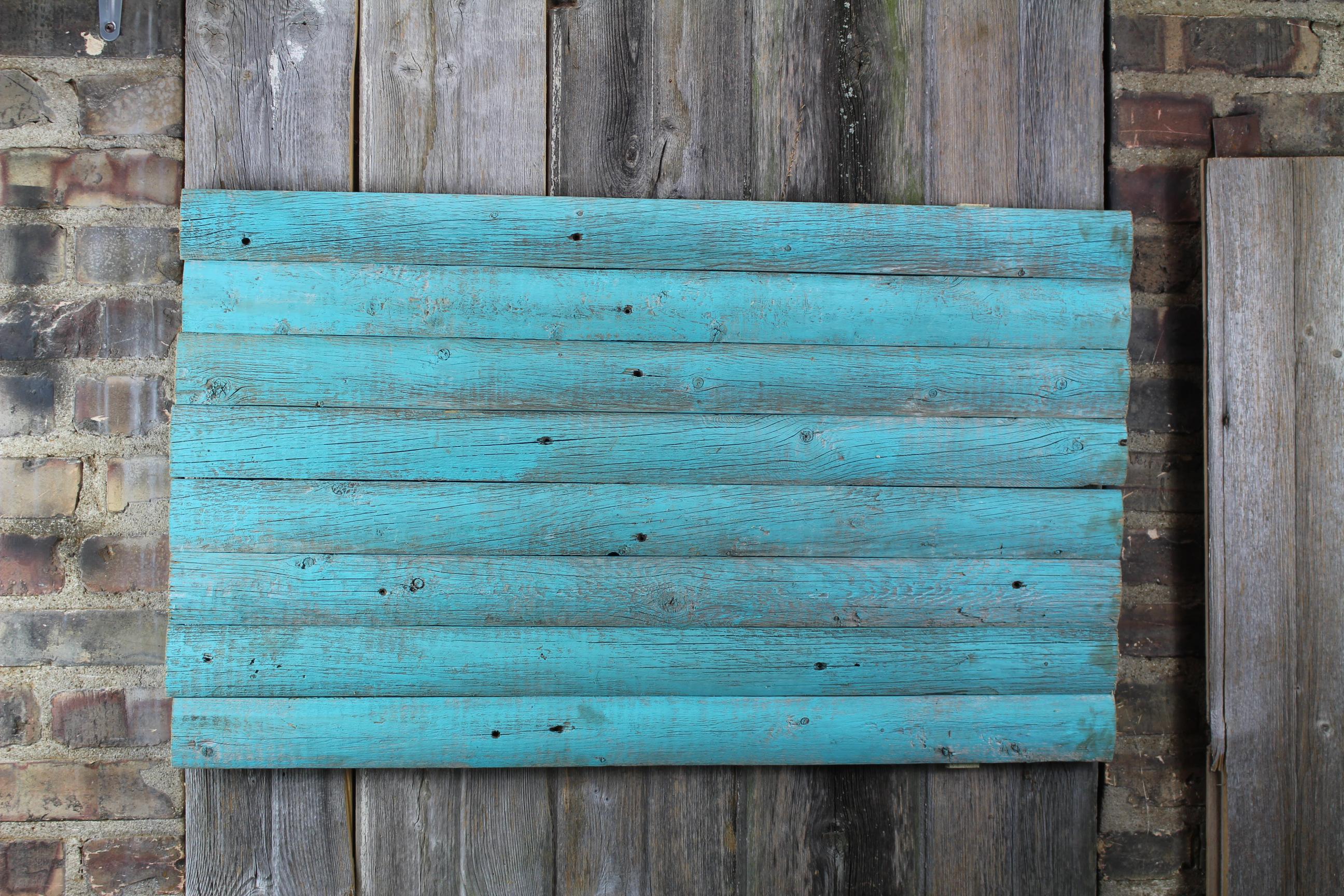 Barn woodback