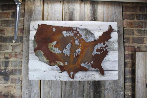 USA on woodback