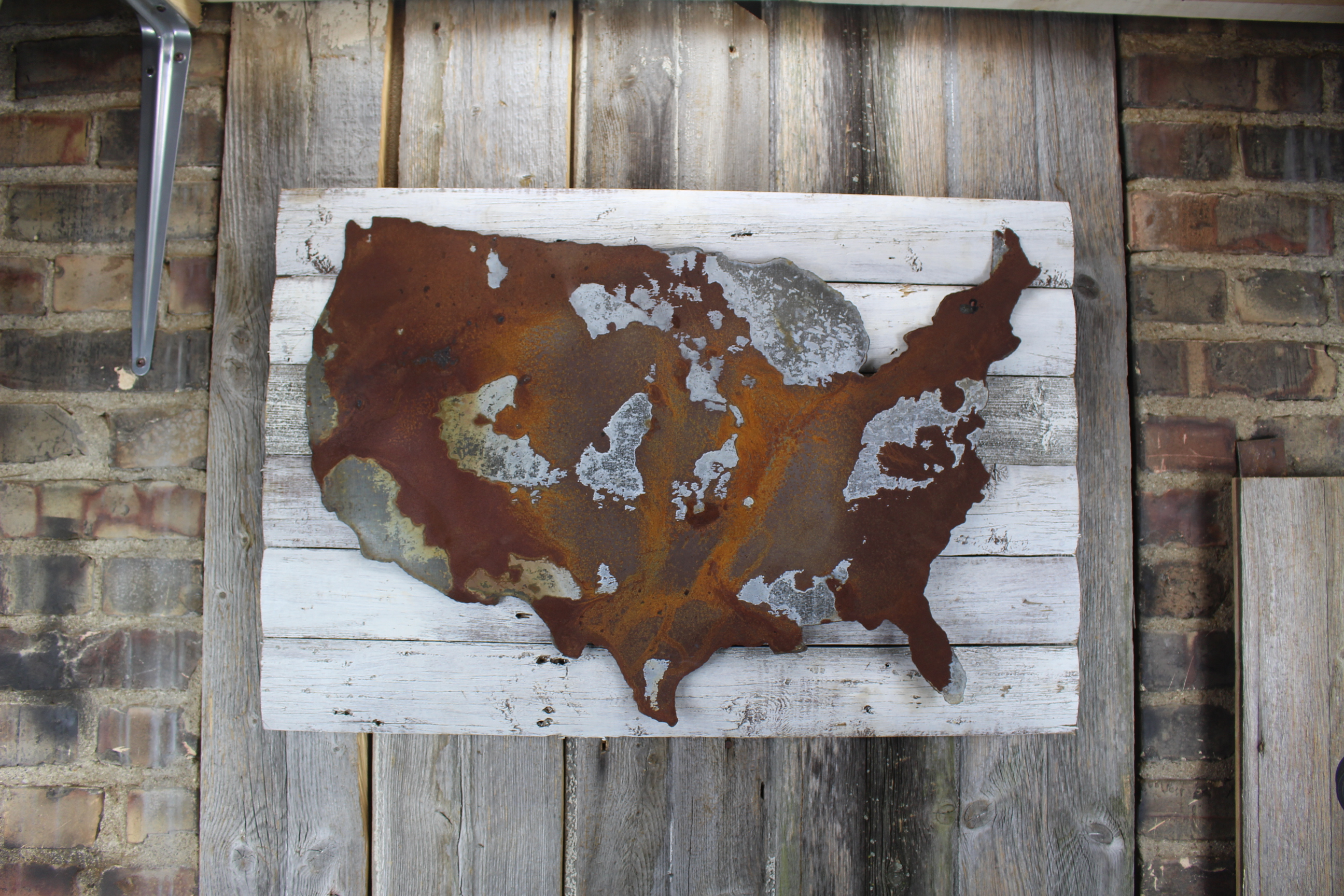USA on woodback